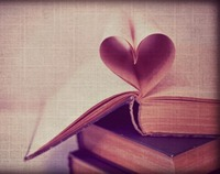 Crop_book_heart
